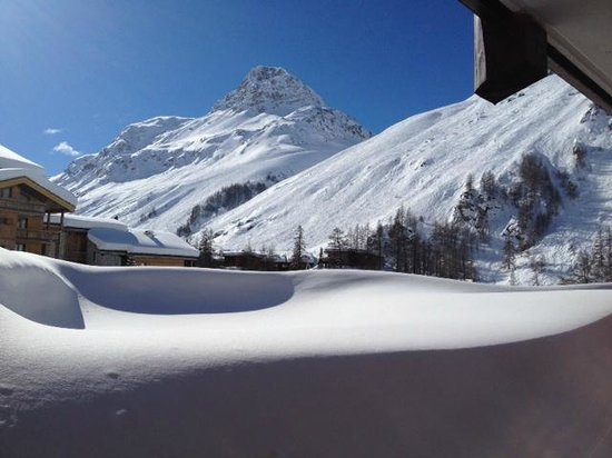 Club Med Val d'Isere :                   view from room