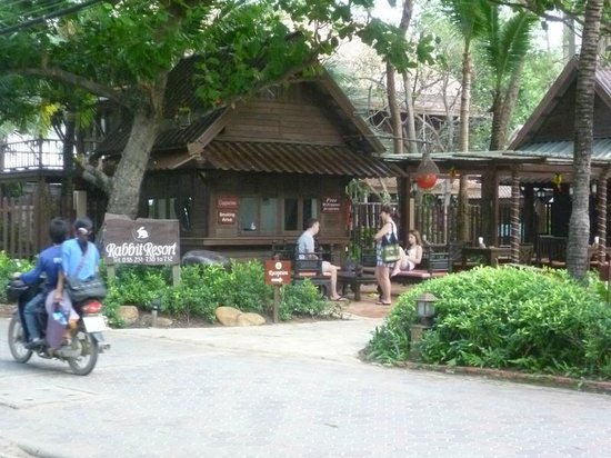 Rabbit Resort:                   entrance opposite the beach and pathway