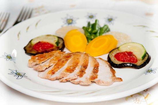 Hotel Edelweiss: Abendessen