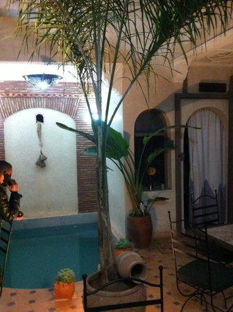 Hotel Riad Beldi :                                     inside