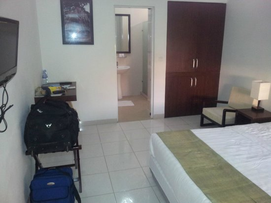 Omana Hotel:                   More room with my luggage