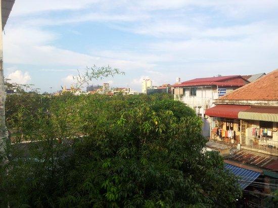 โรงแรมไนน์:                   View from balcony
