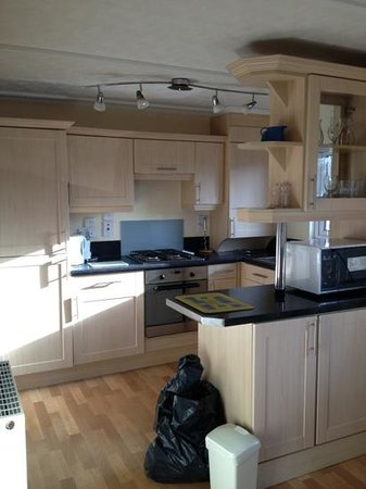 ‪‪Solway Holiday Village‬:                   kitchen area