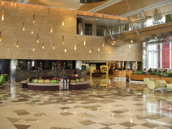 Talatona Convention Hotel: Lobby