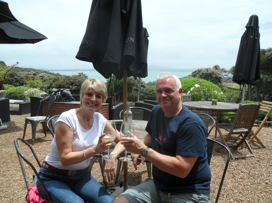Mudbrick Vineyard : Cheers