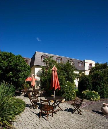 Midleton Park Hotel: Garden Area