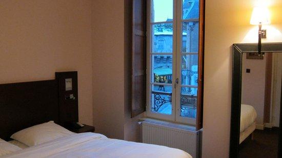 Hotel de la Cote d'Or:                   la camera 201