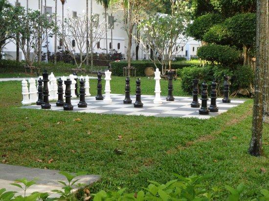 Amari Phuket:                   Amari Resort Gardens