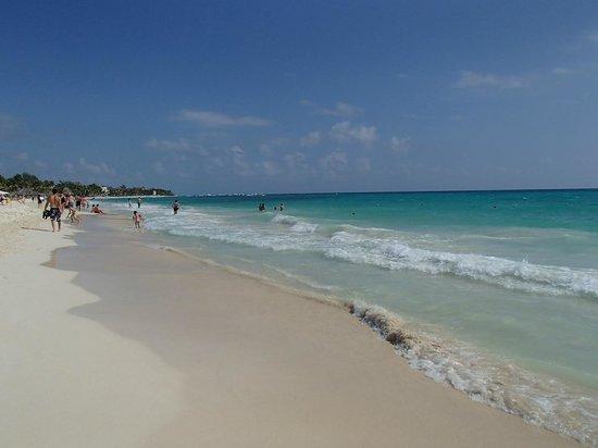 Hotel El Tukan:                   klubb strand