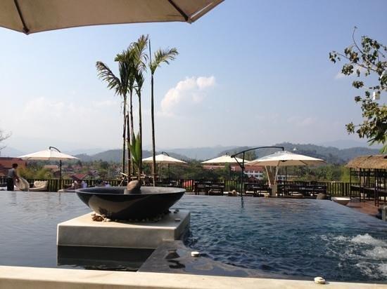 Kiridara:                   la piscine