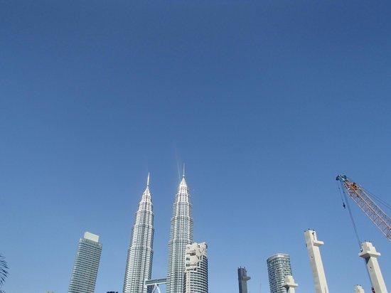 InterContinental Kuala Lumpur:                   View from hotel - twin towers