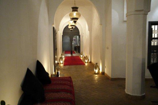 Riad 64 :                   Hall d'entrée