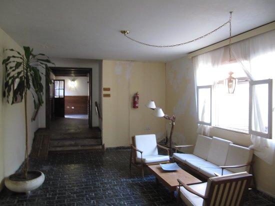 Hotel Termas Pismanta & Spa:                   Petit salon de lecture, calme, avec bibliothèque