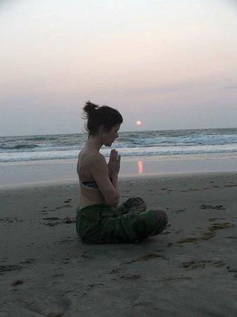 YOGA ON MORJIM BEACH