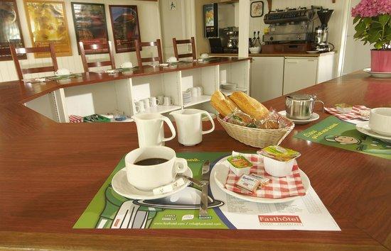Fasthotel Perpignan: Le petit déjeuner