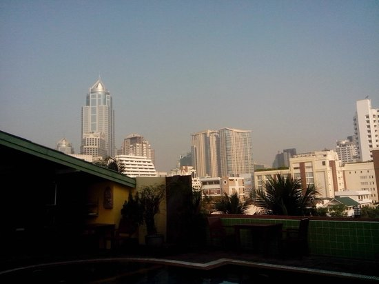 Woraburi Sukhumvit Hotel and Resort: view from pool