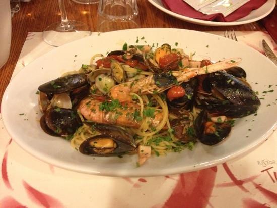 Restaurant Pizzeria Tutto Bono:                   spaghetti gran scogliera