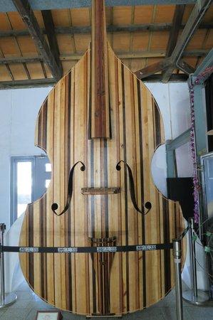 Hsin Chu City Art Site of Railway Warehouse :                   Giant Double Bass