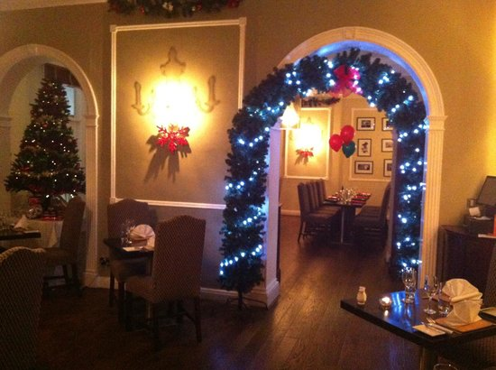 Cotswold Lodge Hotel: Restaurant 66A at Christmas