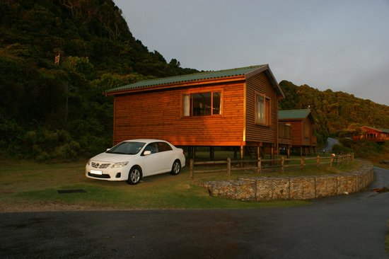 Tsitsikamma Lodge:                   Cottage von aussen