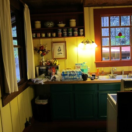 Crater Rim Cabin:                   Kitchen
