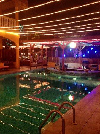 Toro Blanco Resort :                   Excelente