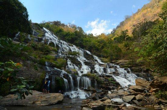 Thai Kingdom - Day Tours:                   Mae Ya Waterfall