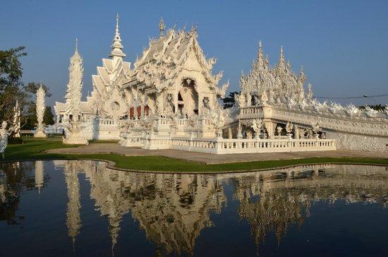 Thai Kingdom - Day Tours:                   Chiang rai, Wat Rong Khun