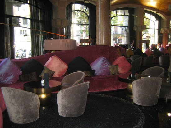 โรงแรมคาซาฟุสเตอร์:                   Lounge