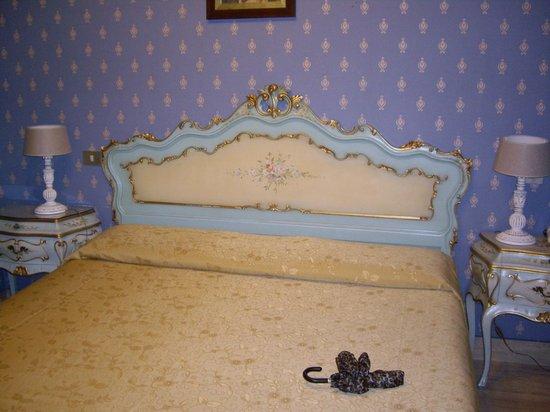 Villa San Lorenzo Maria Hotel:                   Bedroom