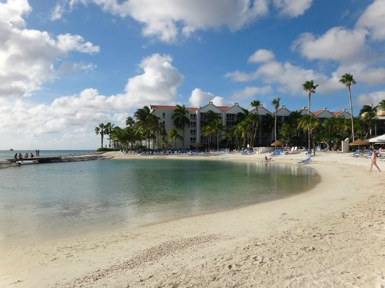 Renaissance Aruba Resort & Casino:                   playa del hotel