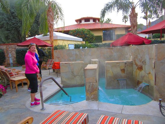 Miramonte Resort & Spa:                   The spa's jacuzzi is outdoors.