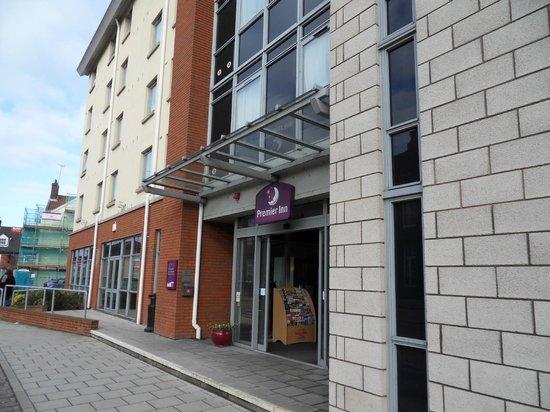 Premier Inn Norwich City Centre (Duke Street) Hotel:                   Hotel front