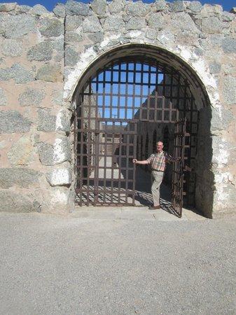 Yuma Quartermaster Depot State Historic Park:                   J\ilbird