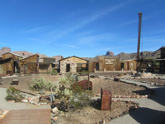 Castle Dome Mines Museum & Ghost Town:                   general view
