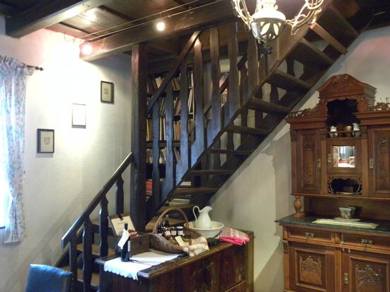 Count Kalnoky's Guesthouses : stairs to upper lofts - main building