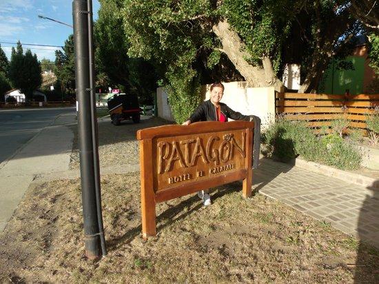 Patagon Hotel:                   El hotel