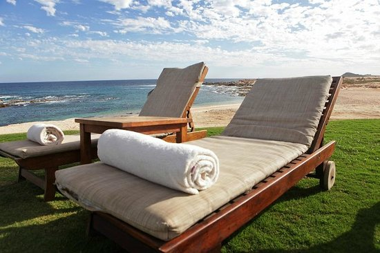 Grand Fiesta Americana Los Cabos All Inclusive Golf & Spa:                   relax on the beach