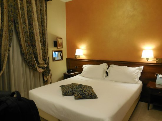 BEST WESTERN Hotel Galles: Camera
