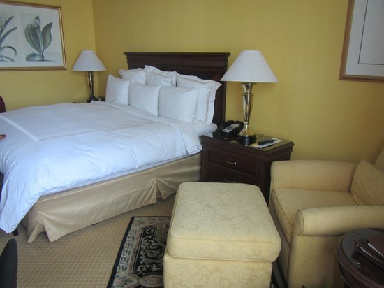 JW Marriott Miami:                   Comfortable bed, JW standard