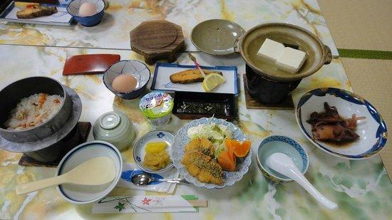 Ryokan Tamashimaso:                   朝食