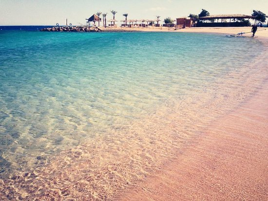Mercure Hurghada Hotel:                   Clear water