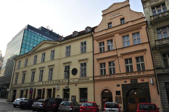 Brewery Hotel U Medvidku: Hotel e Birreria
