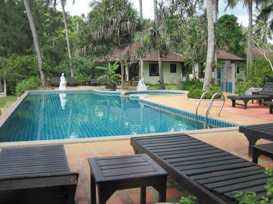 Am Samui Resort:                   Pool