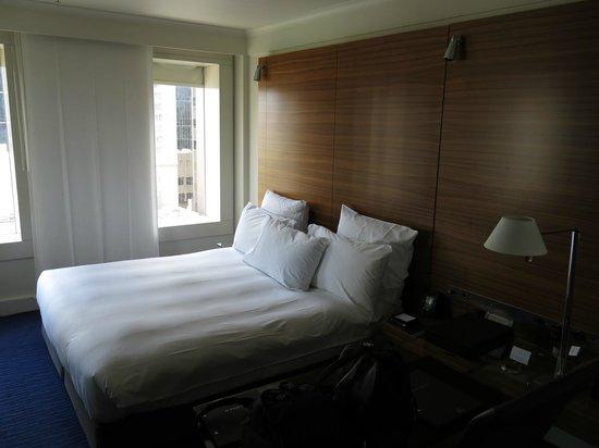 Hilton Sydney:                   Room