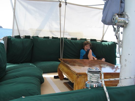 Caribbean Charters - Sailing Yacht Ivy :                   comfortable seating area