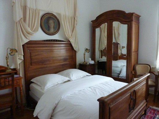 Very nice B&B - Review of Chateau Gaillard, Corbelin, France ...