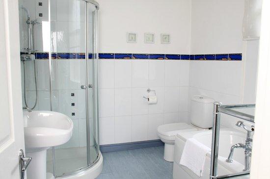 Eskdale Hotel: En-Suite Bathroom