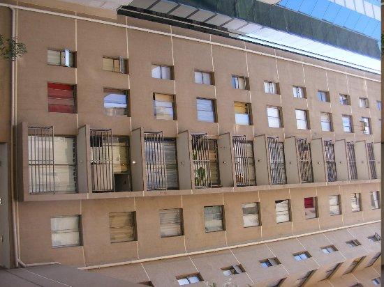 Andes Hostel:                   Vista dos blocos.