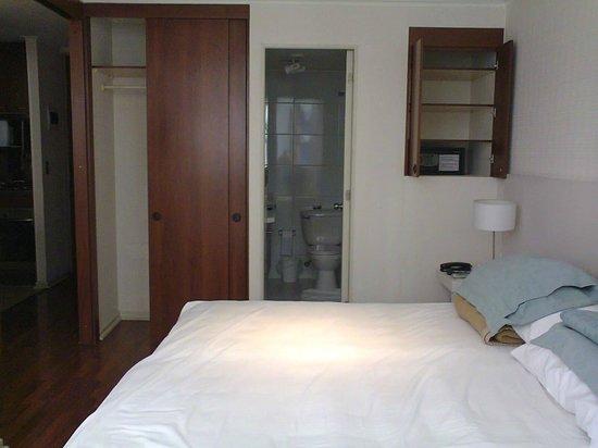 Andes Hostel:                   Quarto. Cama King Size excelente.